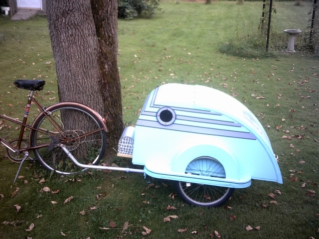 Aluminum bicycle trailer
